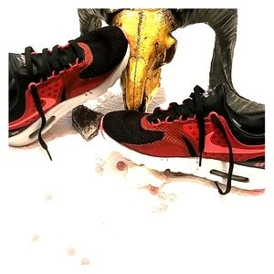 Nike Air Max Black Red 8